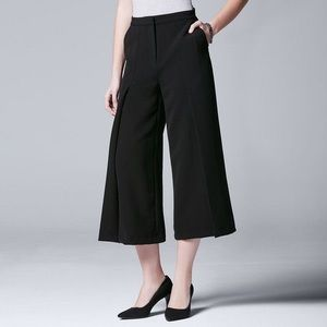 NWT Simply Vera Vera Wang Pleated Cropped Trousers